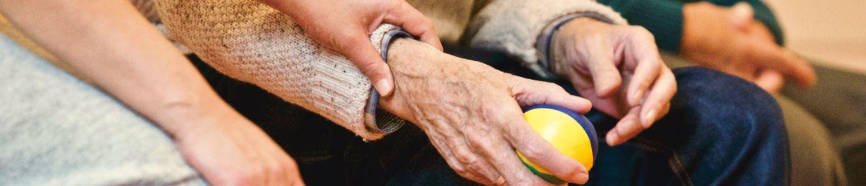 Fundatia Crestina de Ajutorare - Îngrijire persoane vârstnice la domiciliu